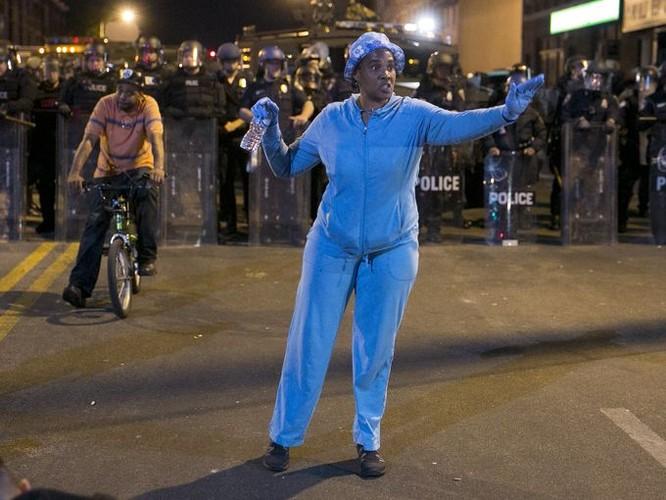 Cận cảnh bạo loạn Baltimore-Mỹ ảnh 5