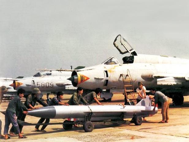 Khu trục hạm Aegic Trung Quốc khó toàn thây trước tên lửa Việt Nam ảnh 3