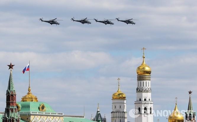 Cận cảnh không quân Nga diễn tập diễu hành trên bầu trời Moscow ảnh 8