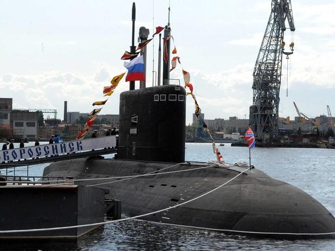 """Điện Kremlin: Hạ thủy tàu ngầm """"êm nhất thế giới"""" ảnh 2"""