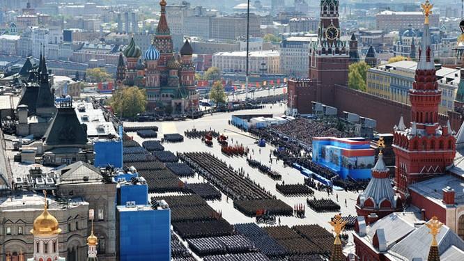 Cận cảnh lễ Diễu binh hoành tráng nhất từ trước đến nay tại Nga ảnh 1