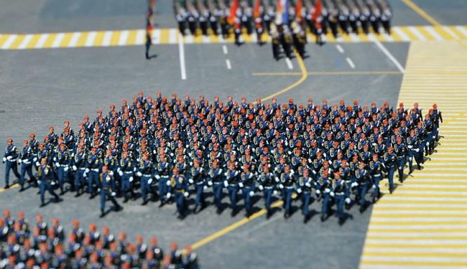 Cận cảnh lễ Diễu binh hoành tráng nhất từ trước đến nay tại Nga ảnh 2