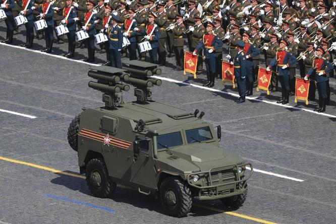 Cận cảnh lễ Diễu binh hoành tráng nhất từ trước đến nay tại Nga ảnh 7