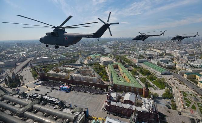 Cận cảnh lễ Diễu binh hoành tráng nhất từ trước đến nay tại Nga ảnh 24