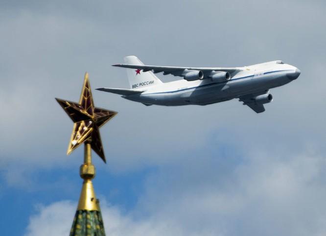 Cận cảnh lễ Diễu binh hoành tráng nhất từ trước đến nay tại Nga ảnh 25