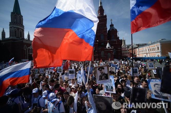"""12 triệu người Nga tham gia tuần hành """"Trung đoàn bất tử"""" ảnh 2"""
