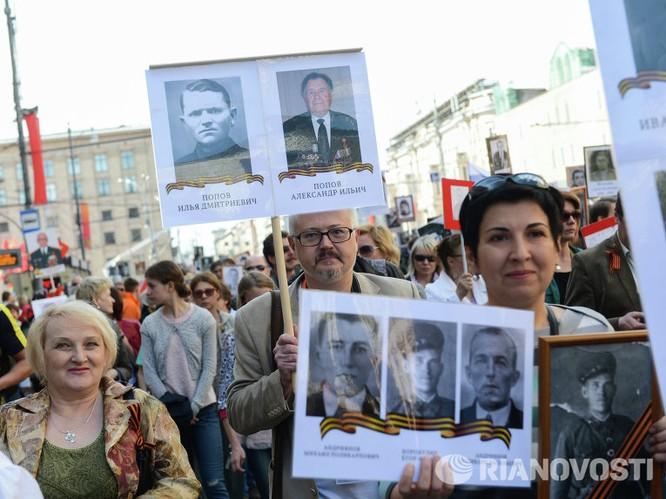 """12 triệu người Nga tham gia tuần hành """"Trung đoàn bất tử"""" ảnh 9"""