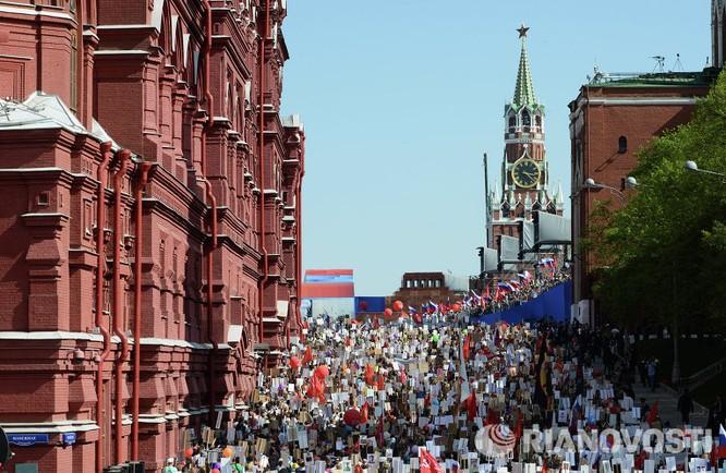 """12 triệu người Nga tham gia tuần hành """"Trung đoàn bất tử"""" ảnh 11"""