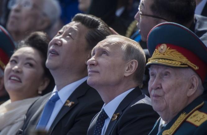 Cận cảnh các nhà lãnh đạo thế giới dự lễ kỷ niệm V-Day ảnh 7