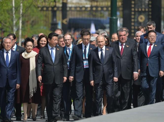 Cận cảnh các nhà lãnh đạo thế giới dự lễ kỷ niệm V-Day ảnh 8