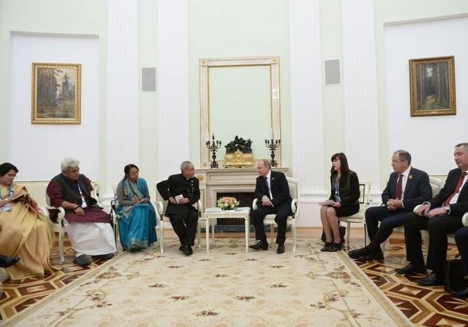 Cận cảnh các nhà lãnh đạo thế giới dự lễ kỷ niệm V-Day ảnh 11