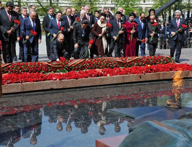 Cận cảnh các nhà lãnh đạo thế giới dự lễ kỷ niệm V-Day ảnh 5