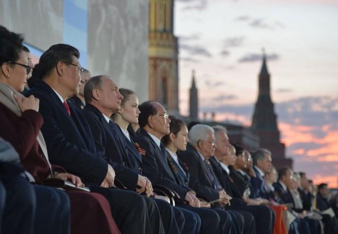 Cận cảnh các nhà lãnh đạo thế giới dự lễ kỷ niệm V-Day ảnh 15