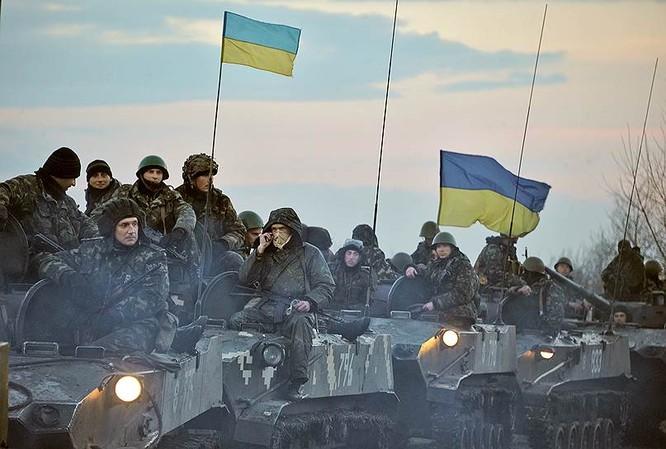 Cận cảnh xung đột Ukraine: một năm thảm họa ảnh 3