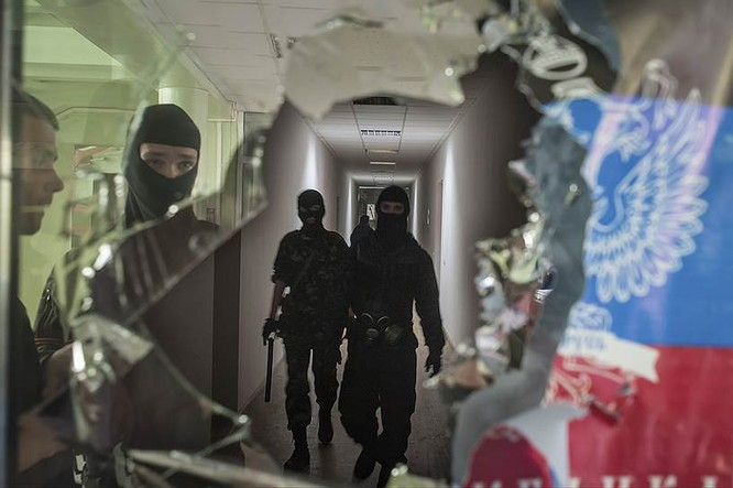 Cận cảnh xung đột Ukraine: một năm thảm họa ảnh 8
