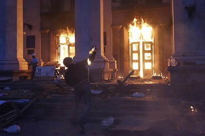 Cận cảnh xung đột Ukraine: một năm thảm họa ảnh 17