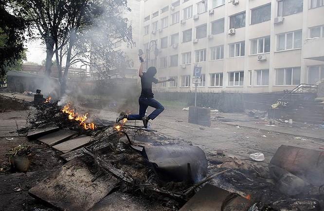 Cận cảnh xung đột Ukraine: một năm thảm họa ảnh 20