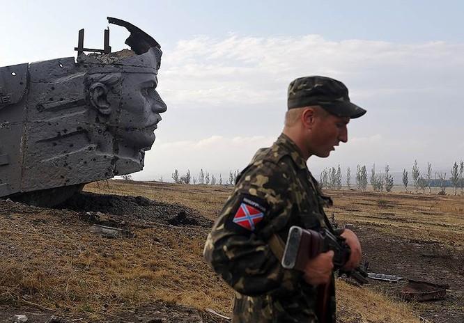 Cận cảnh xung đột Ukraine: một năm thảm họa ảnh 48