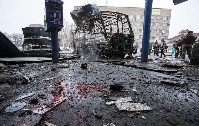 Cận cảnh xung đột Ukraine: một năm thảm họa ảnh 77