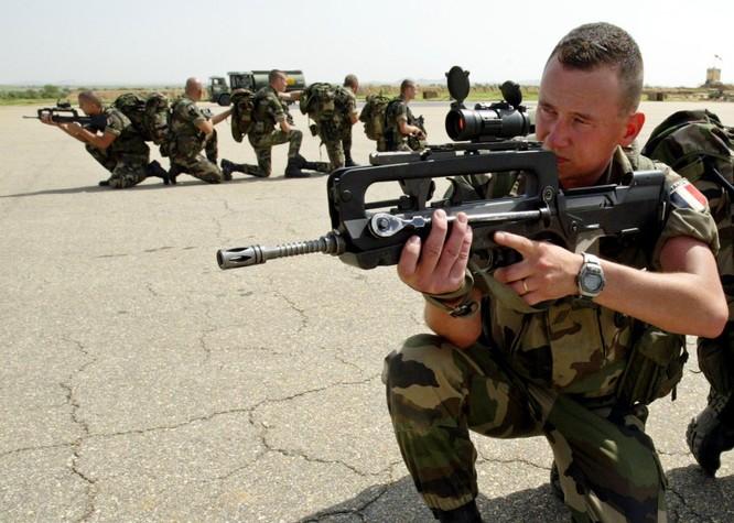 Top 10 quân đội mạnh nhất thế giới ảnh 7