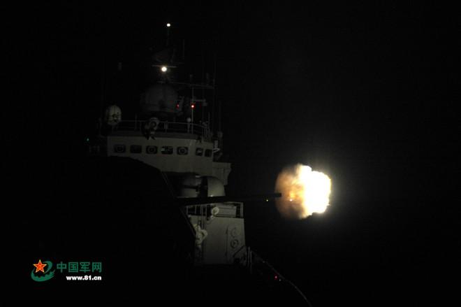 Trung Quốc tập trận cả ngày đêm trên Biển Đông ảnh 2
