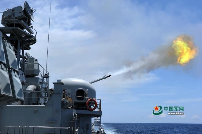 Trung Quốc tập trận cả ngày đêm trên Biển Đông ảnh 5