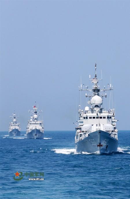 Trung Quốc tập trận cả ngày đêm trên Biển Đông ảnh 7