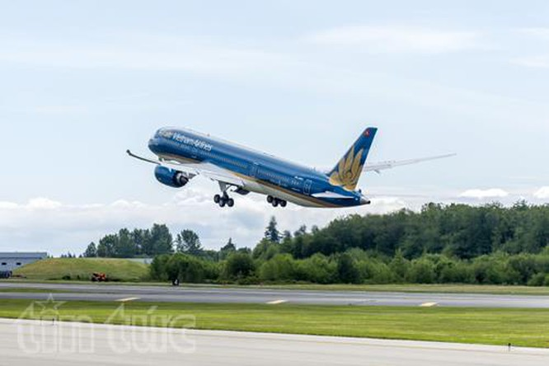 Boeing 787-9 Dreamliner của Vietnam Airlines bay thử lần đầu tiên ảnh 1