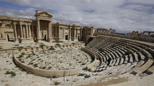 Tìm thấy hố chôn 470 nạn nhân bị IS hành quyết ảnh 2