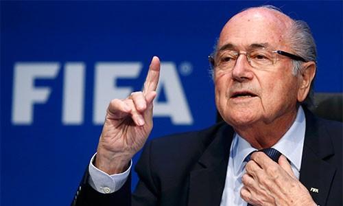 Con gái Blatter: 'Cha tôi trong sạch, mẫn cán, nhưng bị vu oan' ảnh 1