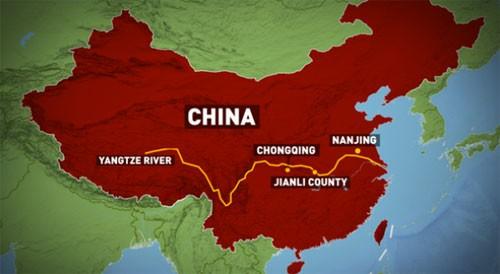 Tàu chở hơn 450 người chìm ở Trung Quốc ảnh 49