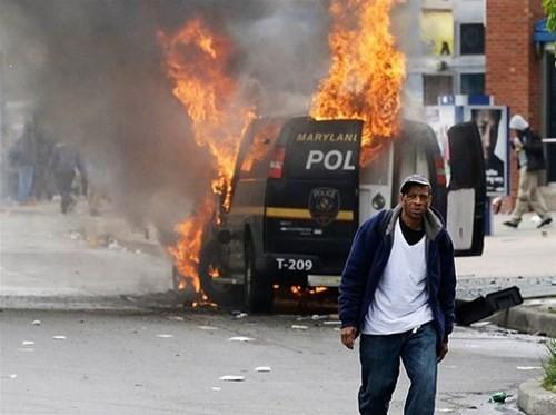 Cảnh sát Mỹ bắn chết người nhiều nhất thế giới ảnh 1