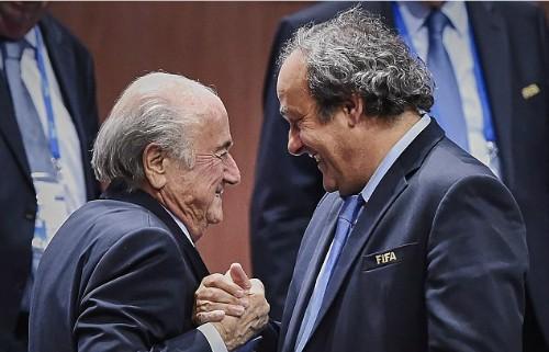 Sepp Blatter từ chức Chủ tịch FIFA ảnh 1
