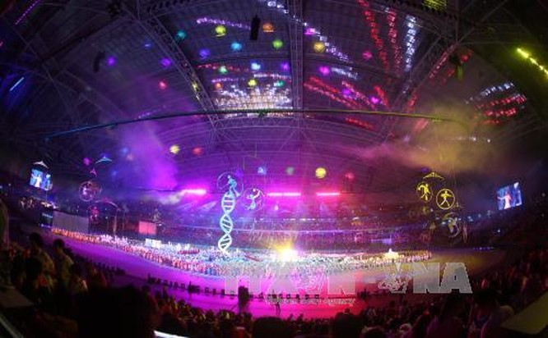 Khai mạc SEA Games 28: Đại tiệc âm thanh, ánh sáng tôn vinh sự phi thường ảnh 1