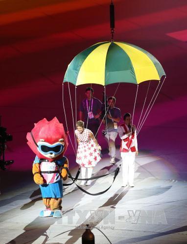 Khai mạc SEA Games 28: Đại tiệc âm thanh, ánh sáng tôn vinh sự phi thường ảnh 3