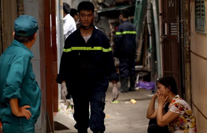 Hiện trường vụ hỏa hoạn khiến 5 người tử vong ảnh 7