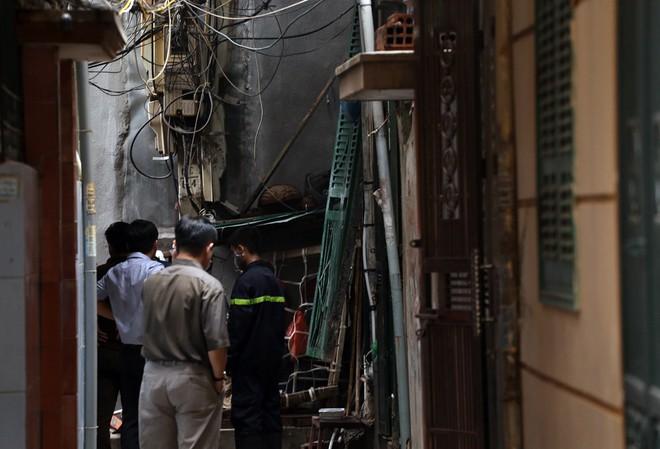 Hiện trường vụ hỏa hoạn khiến 5 người tử vong ảnh 8