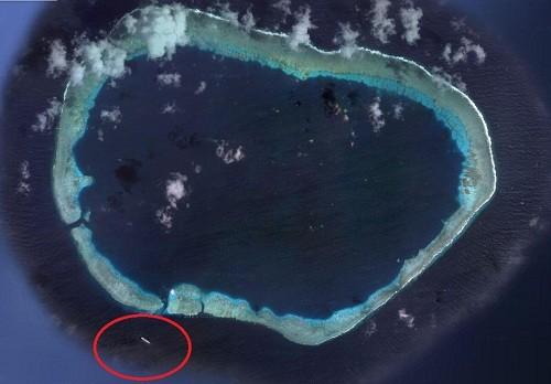 Trung Quốc đưa tàu chiến tới bãi đá Vành Khăn ảnh 1