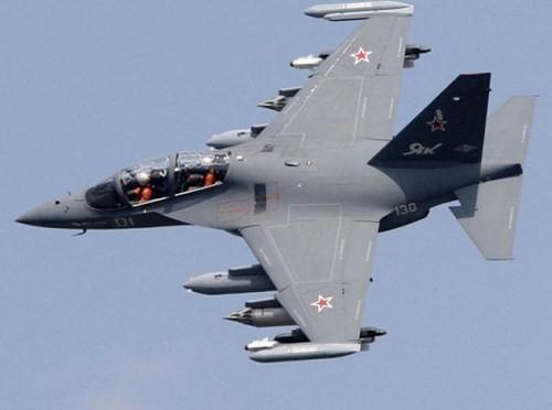 Yak-130, máy bay quân sự đa dụng ảnh 1