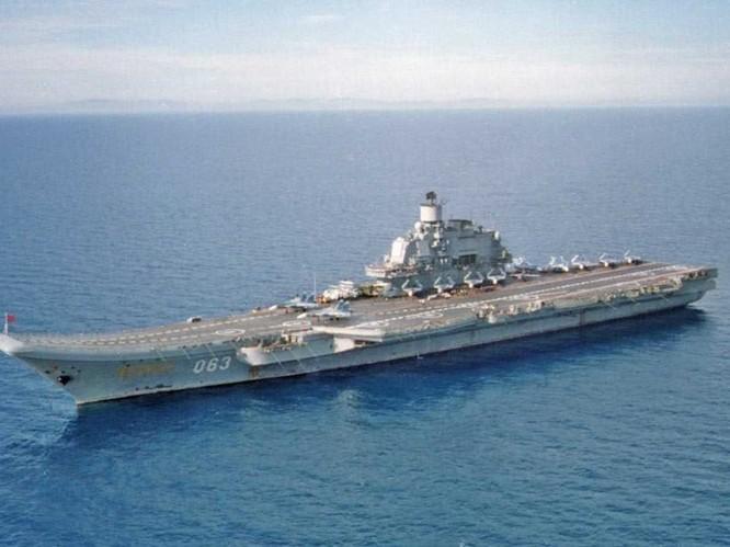 """Nga """"so găng"""" vũ khí khủng với NATO ảnh 9"""