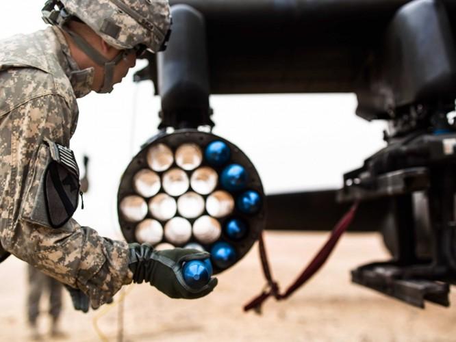 """Nga """"so găng"""" vũ khí khủng với NATO ảnh 11"""