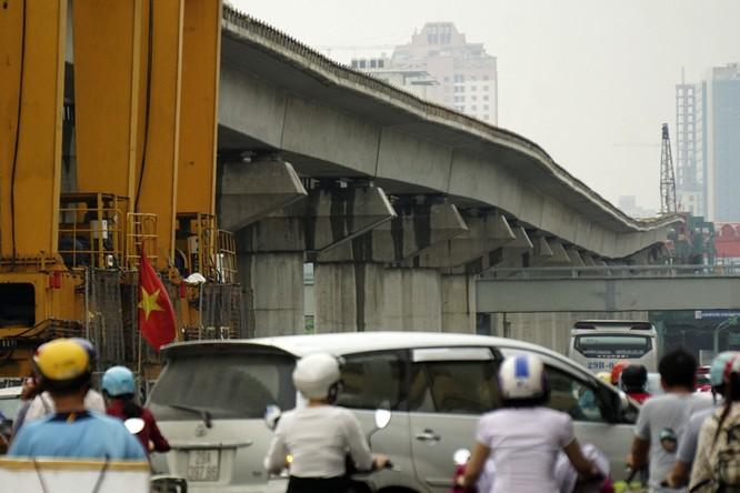 Tại sao đường sắt đô thị Cát Linh - Hà Đông uốn lượn mấp mô? ảnh 1
