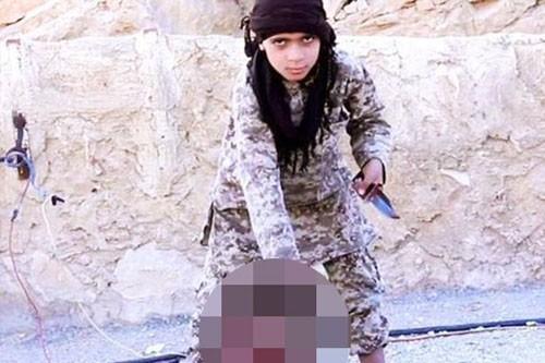 Thủ lĩnh IS cấm đăng chi tiết cảnh hành quyết con tin ảnh 1
