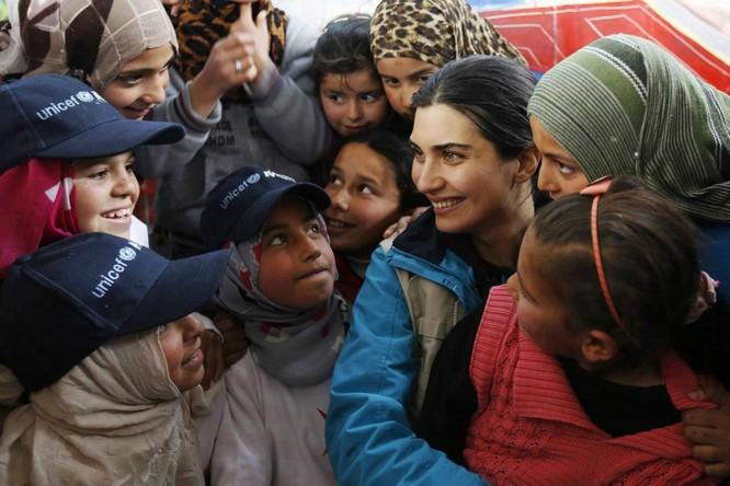 Chùm ảnh trẻ em Trung Đông trong chiến tranh ảnh 4