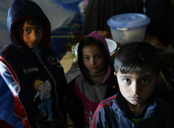Chùm ảnh trẻ em Trung Đông trong chiến tranh ảnh 9