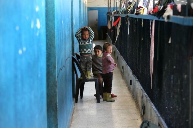 Chùm ảnh trẻ em Trung Đông trong chiến tranh ảnh 10