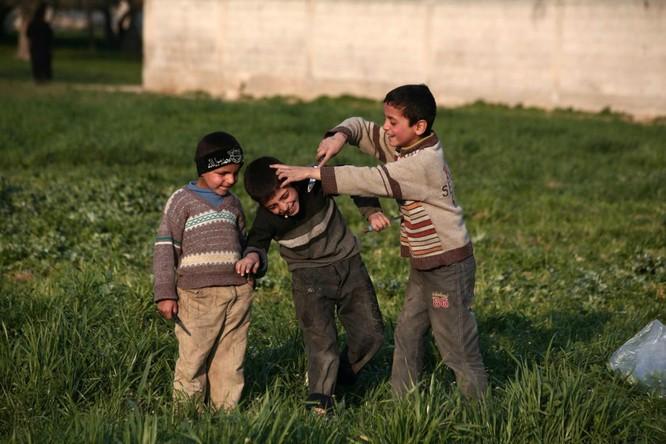 Chùm ảnh trẻ em Trung Đông trong chiến tranh ảnh 14