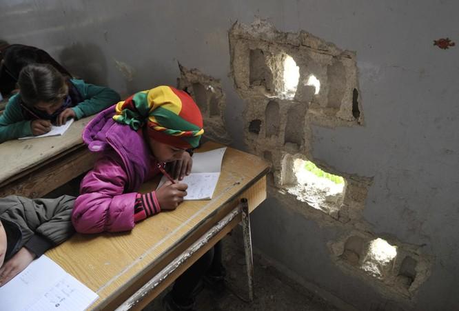 Chùm ảnh trẻ em Trung Đông trong chiến tranh ảnh 16