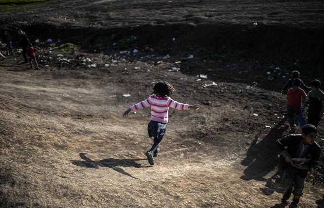 Chùm ảnh trẻ em Trung Đông trong chiến tranh ảnh 20