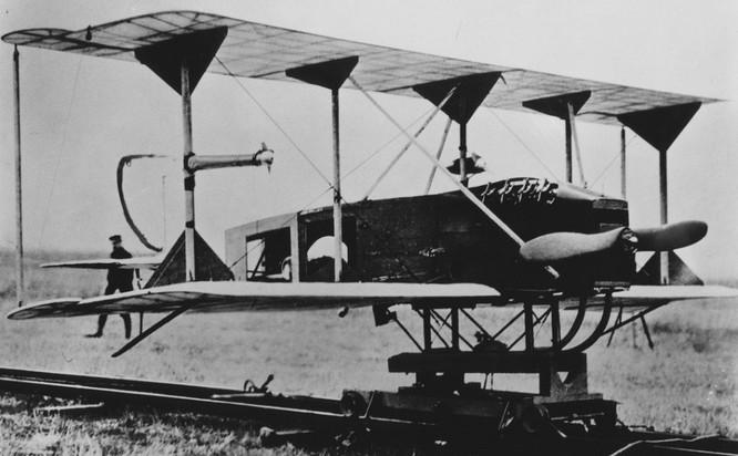 Lịch sử máy bay không người lái (UAV) qua ảnh ảnh 1